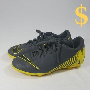 NIKE Mercurial Cleats Soccer Youth Sz 2.5Y